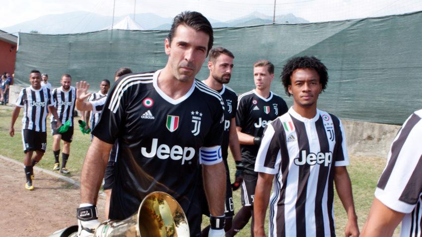 First Team: Juventus Netflix